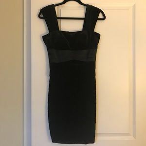 Eliza J Dress (Black Velvet, Size 4P)